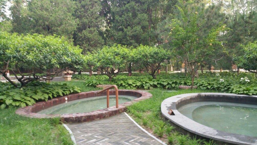 家庭室外温泉泡池设计