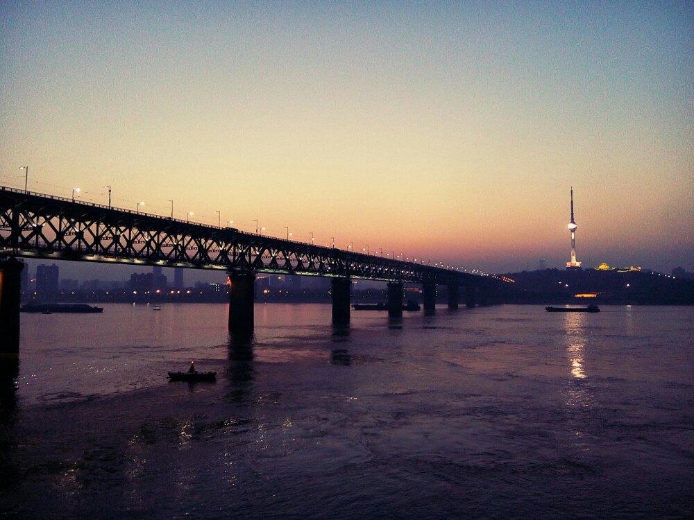 武汉长江大桥,武汉武汉长江大桥攻略/地址/图片/门票