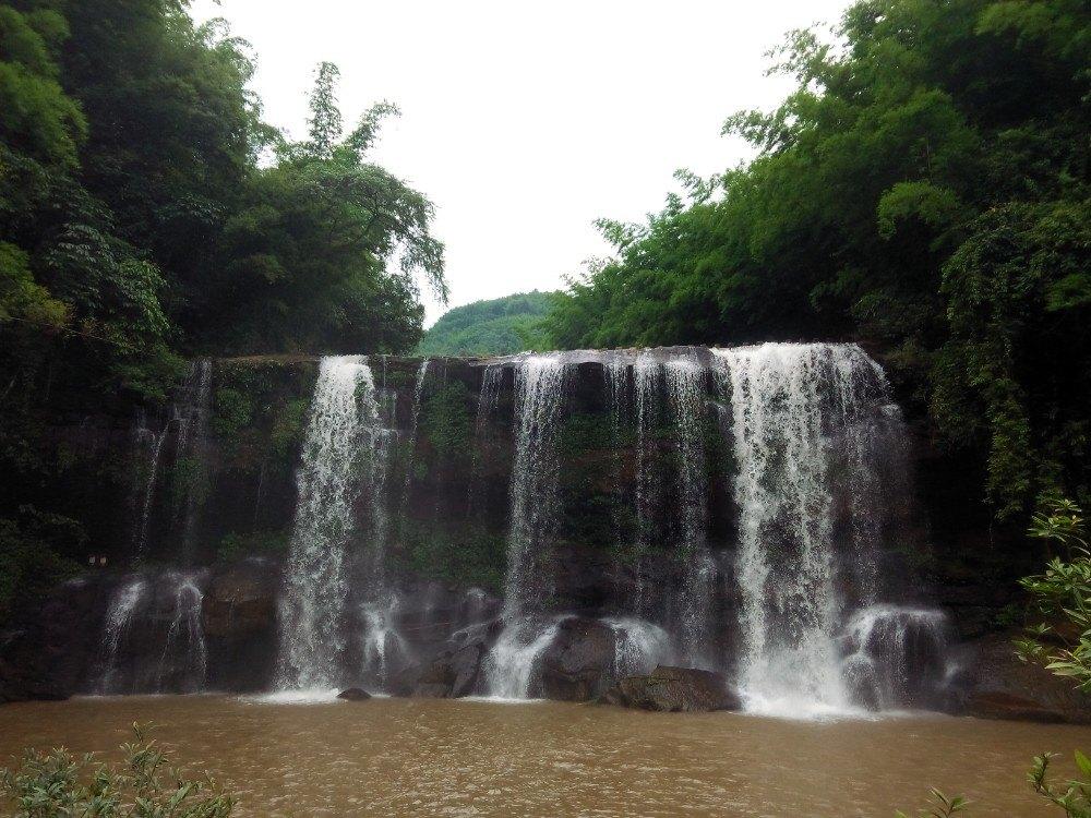 洞沟四赤水,十丈洞,佛光岩三日游景点帕劳攻略图片