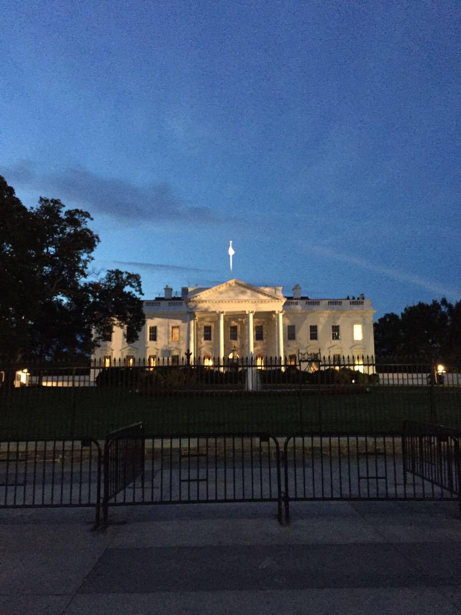 白宫简笔画矢量图