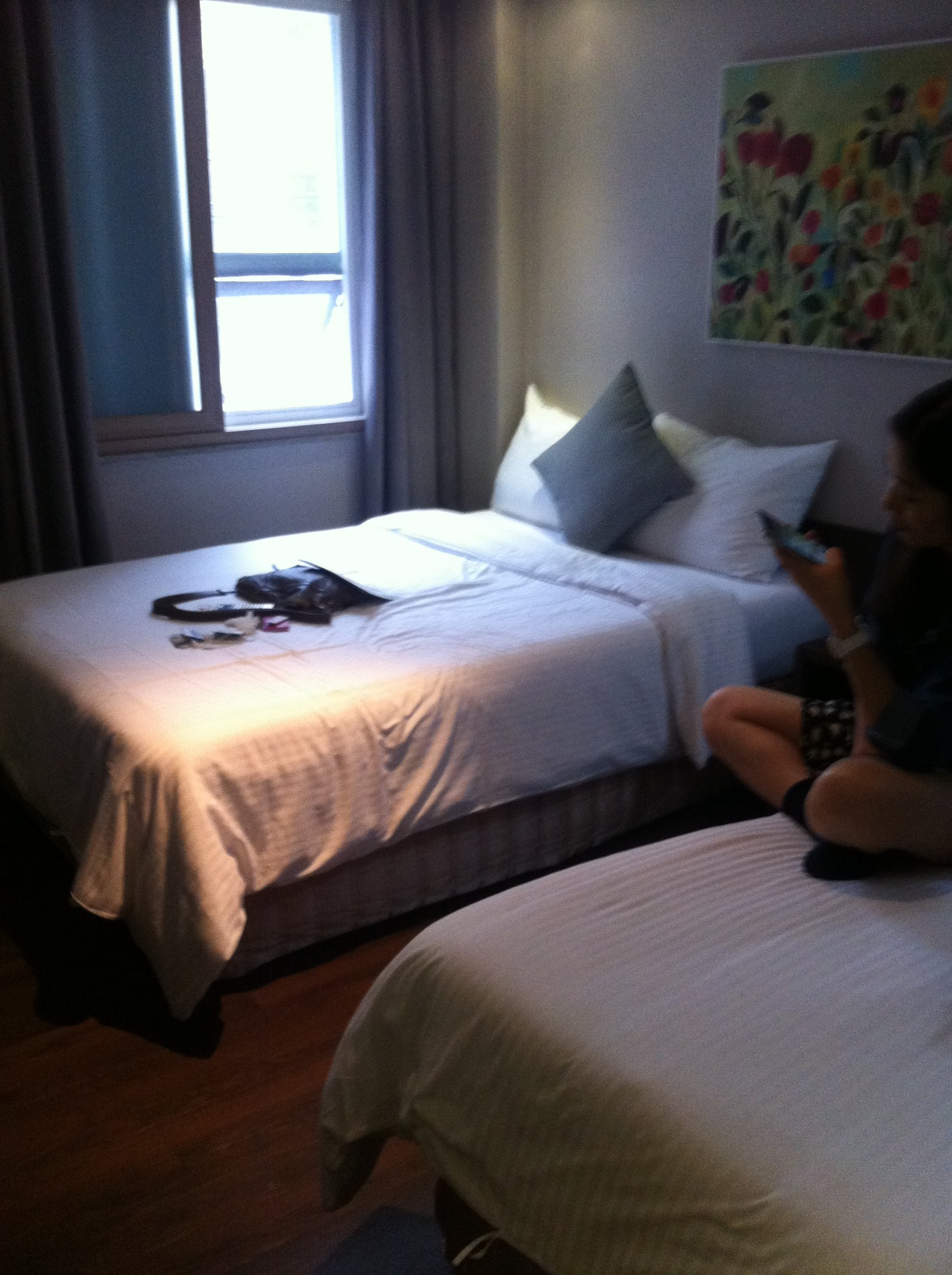 背景墙 房间 家居 酒店 设计 卧室 卧室装修 现代 装修 1936_2592 竖