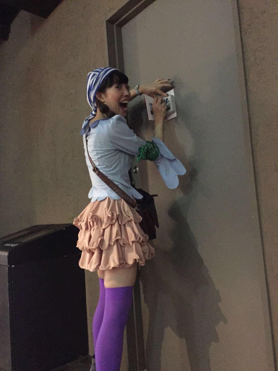海贼粉丝们的天堂!就在东京塔里面,售票处跟东京塔在一起,可以买海贼加登塔的套票~海贼王在东京塔的三到五层,三层是一些场景、拍照的地方;四层是游戏体验区,草帽海贼团每一名成员都有一个游戏;五楼有现场表演,还有路飞主题的体验区。一进去后可以先上五楼的自助机器换表演的票,然后再下去玩其他的,表演真的太惊艳了,虽然听不懂日语,但是草帽海贼团成员出场的那一刻真的忍不住大声尖叫了出来,感觉长这么大都没这么失控过.