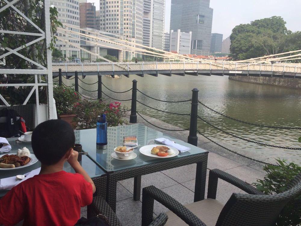 (新加坡浮尔顿酒店)