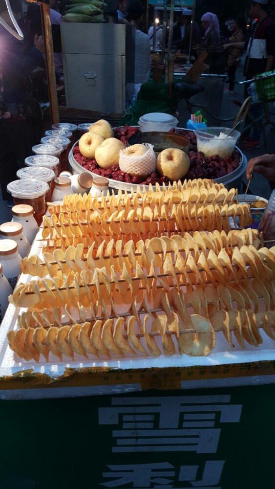 古色古香西安城,美食回民鸡蛋街天下美味鸡翅美食图片