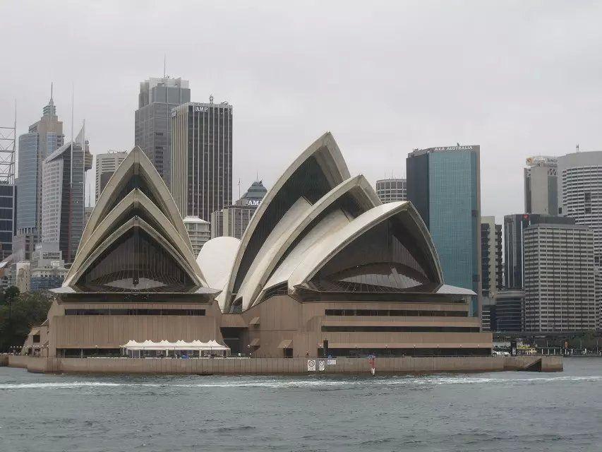 【携程攻略】悉尼悉尼歌剧院内部中文之旅+户外观景