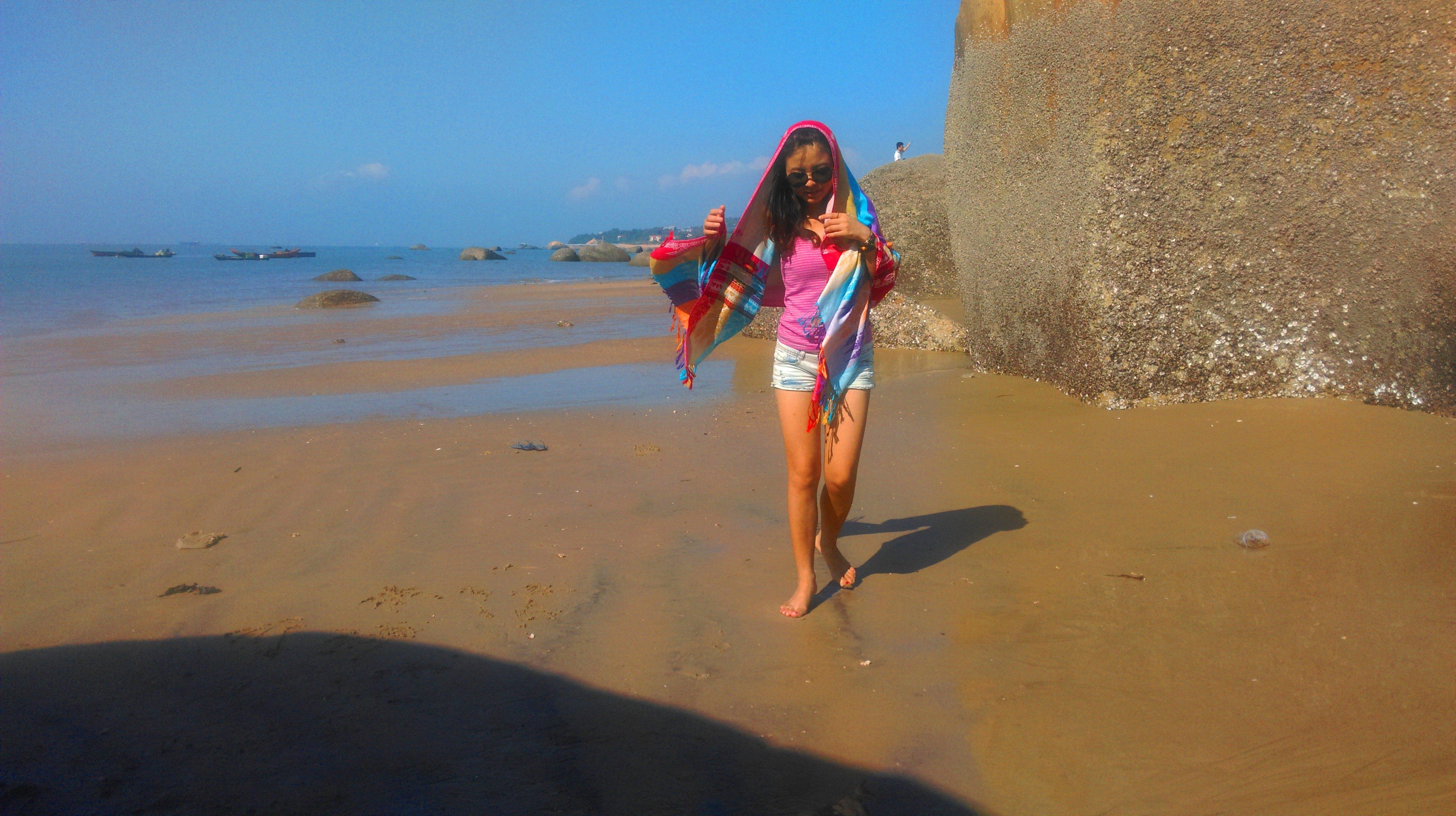 ps免抠沙滩衣服素材