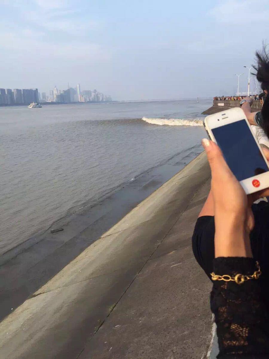 【携程攻略】杭州钱塘江景点,钱塘江大潮真是奇观哦
