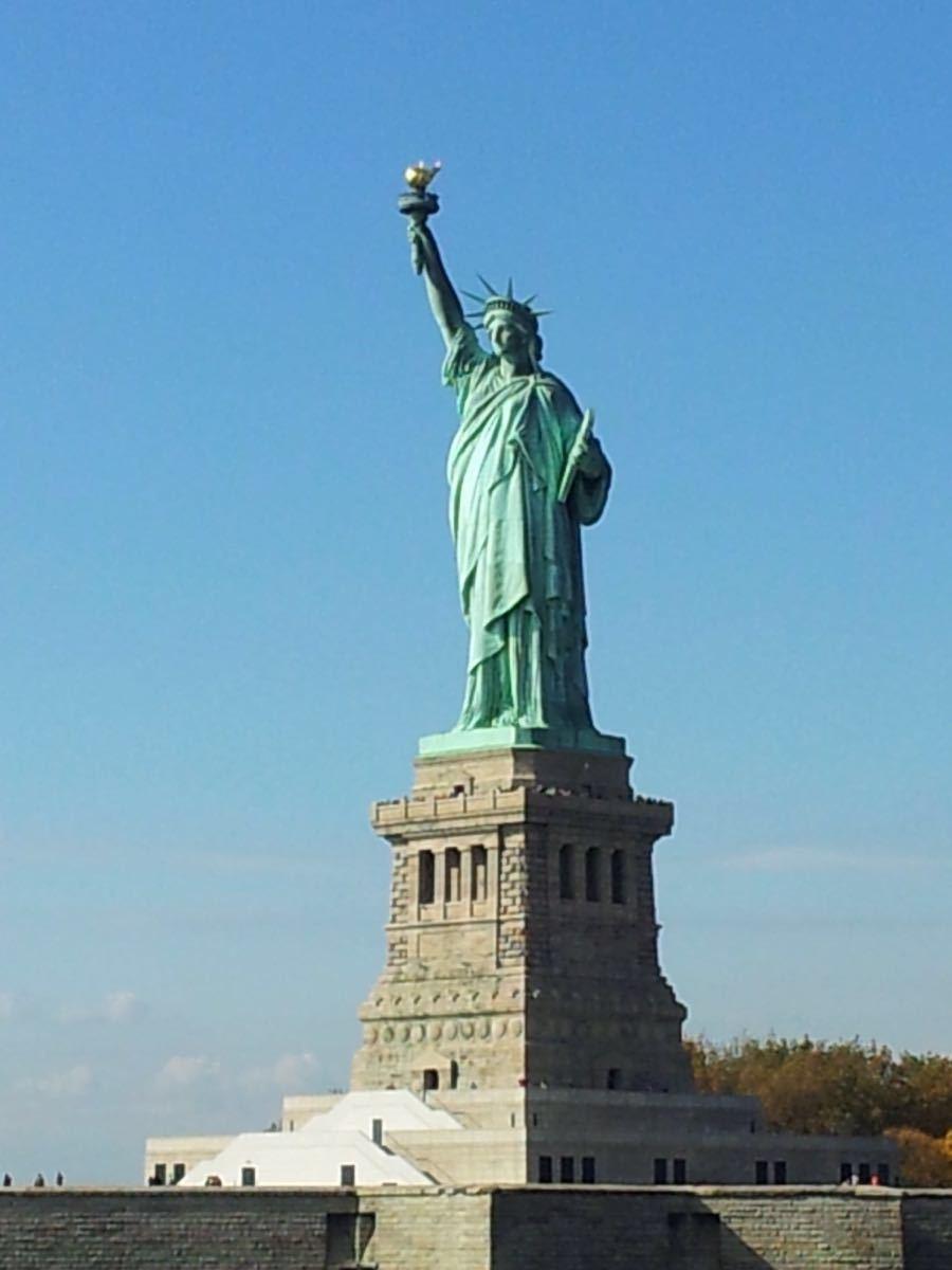 【攜程攻略】紐約州自由女神像景點,那天因為人太多