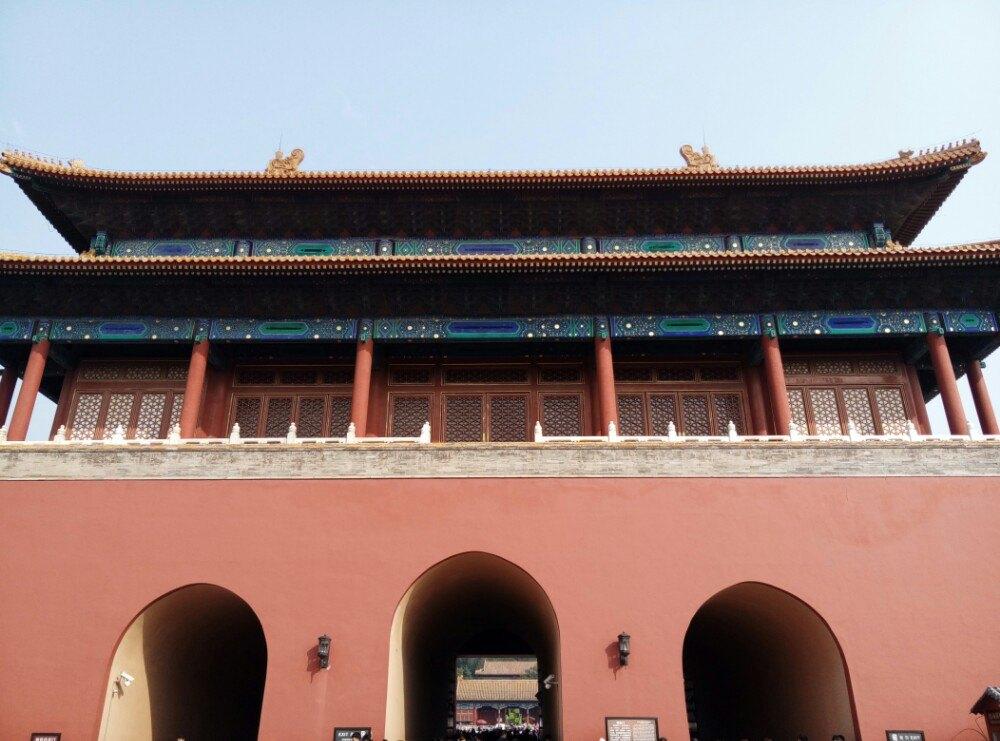 【携程攻略】北京故宫景点,故宫古老而宏伟,朱红色的