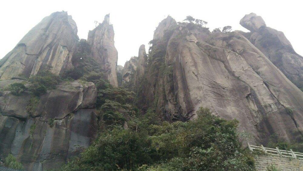 祖国有哪些名山大川_四个月全程徒步中国25座名山大川,感受中国最美的山