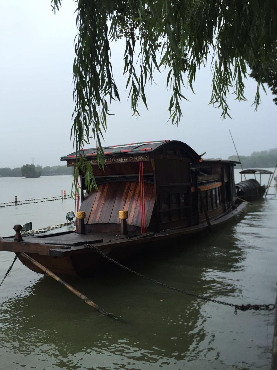 南湖红船简笔画