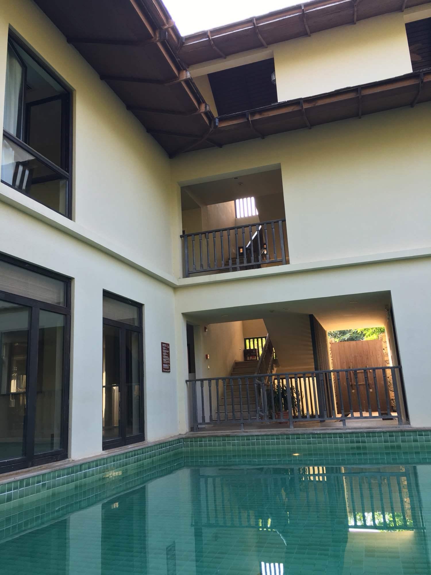 5号游泳池别墅