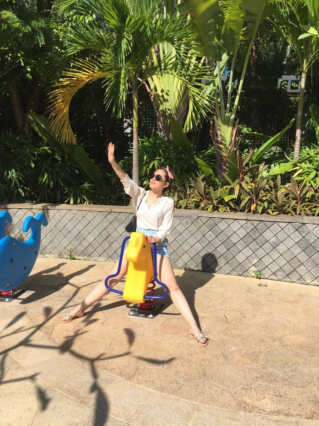 衣服海南美女海岛三亚4天游的自拍脱掉美女图片