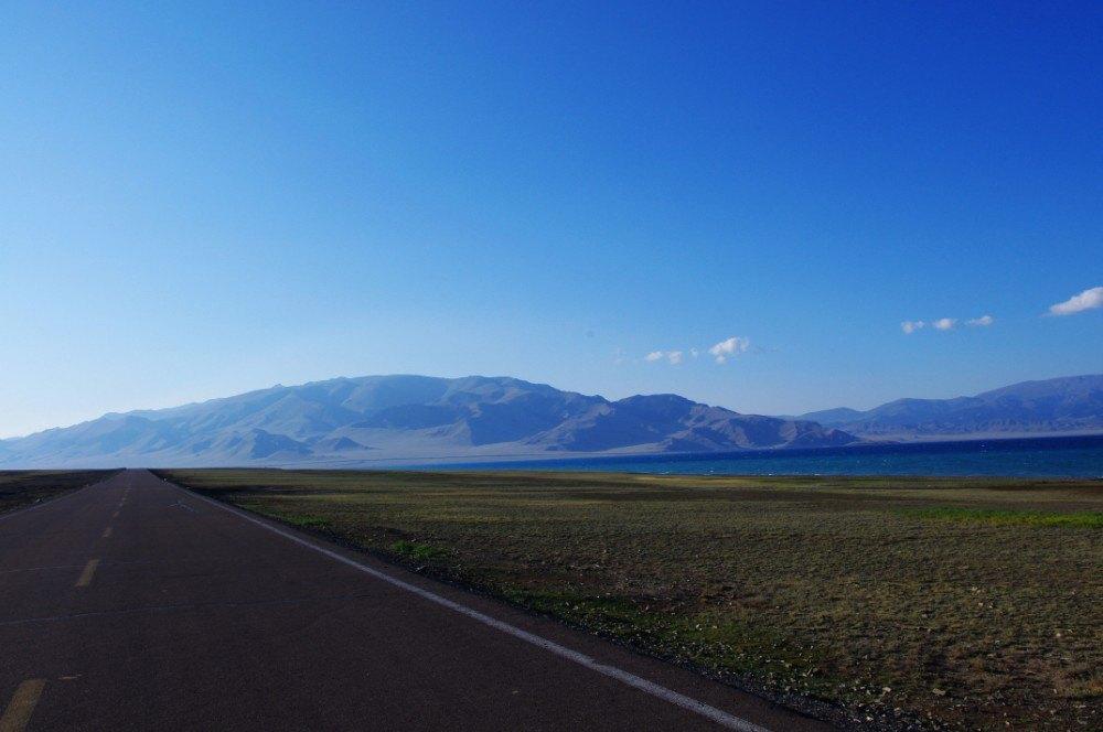 赛里木湖旅游景点攻略图bazoo攻略图片