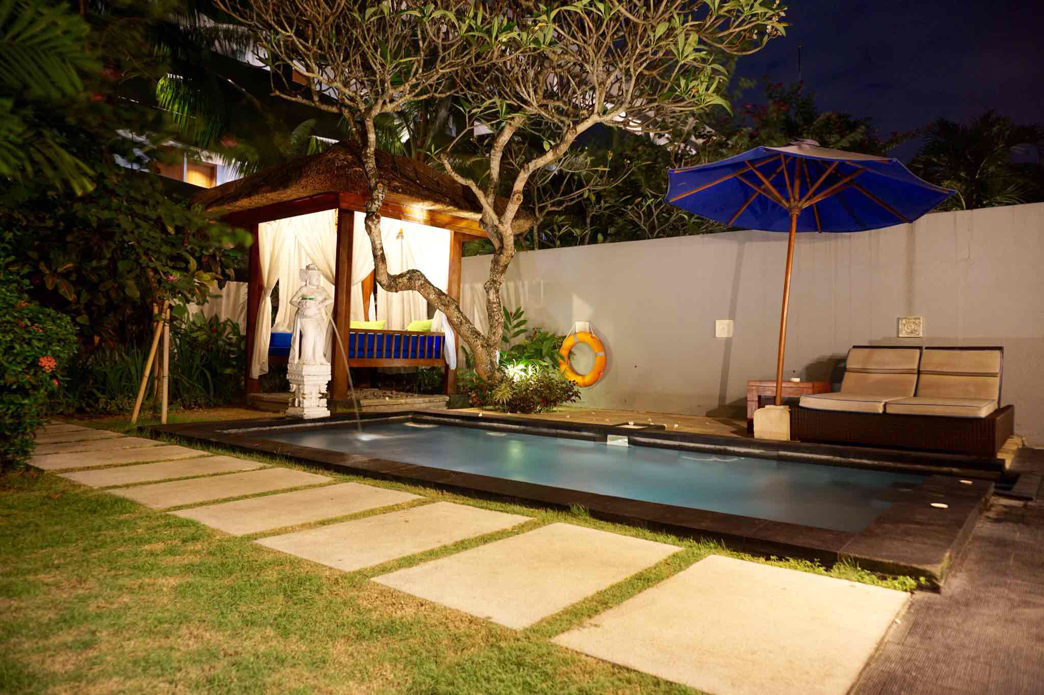 豪华私人泳池别墅