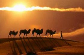大漠孤烟直 长河落日圆