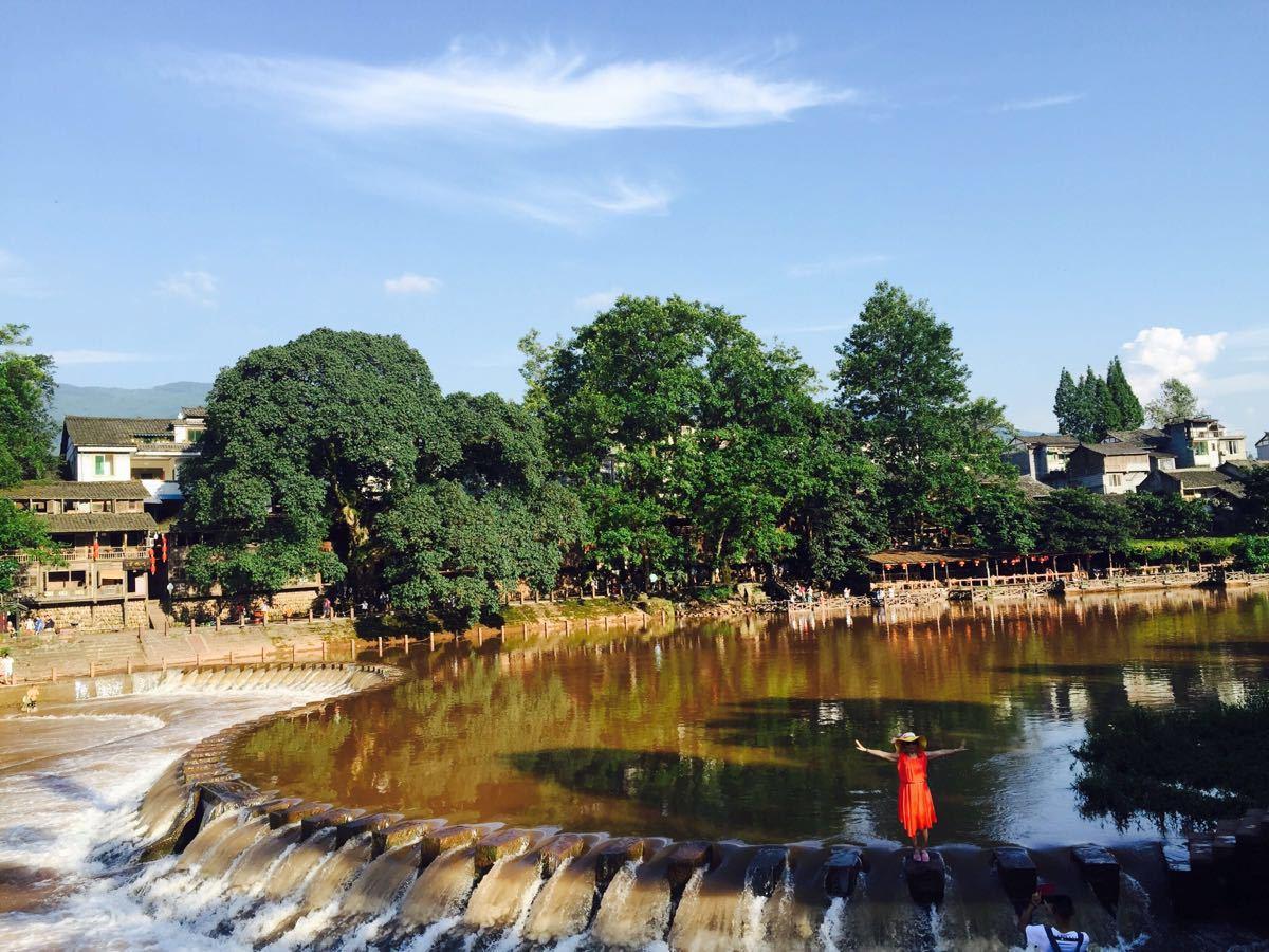 四川柳江古镇景点 每次去柳江都是不一样的美 即使...