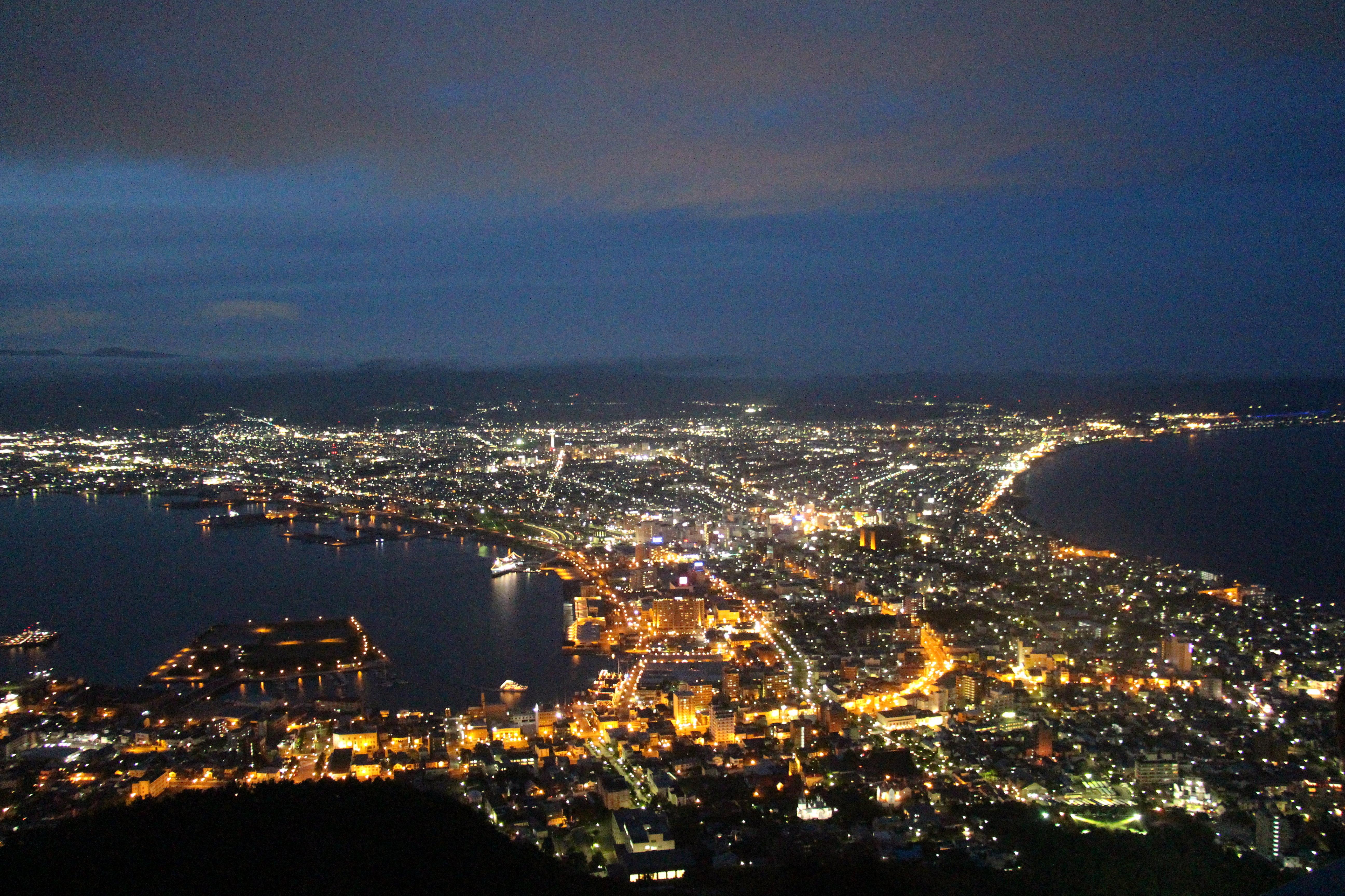 在函馆山附近的风景是函馆的精髓,号称世界三大夜景之一的函馆