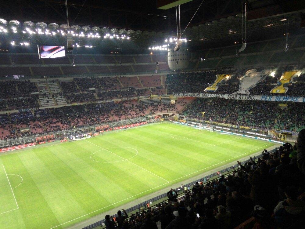 世界上著名足球場之一,圣西羅球場感受米蘭球迷的熱情圖片