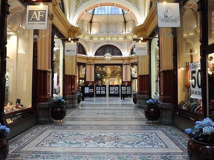 布洛克拱廊图片