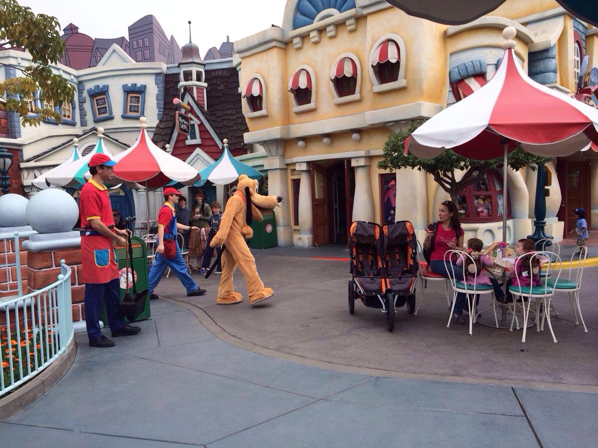加州迪士尼乐园怎么样,加州迪士尼乐园地址/电话/点评