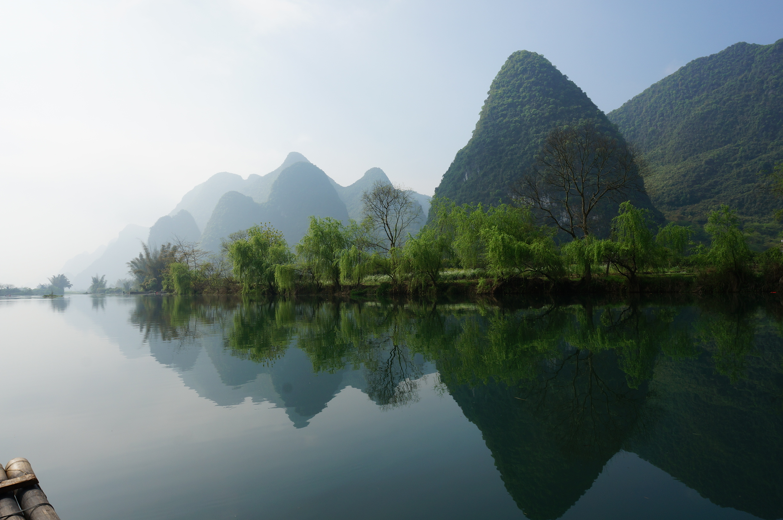 桂林山水简笔画彩色