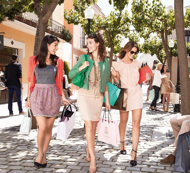 巴塞罗那罗卡购物村
