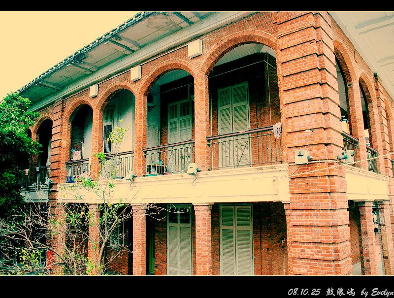 底层平沿,二楼连拱连廊.图片