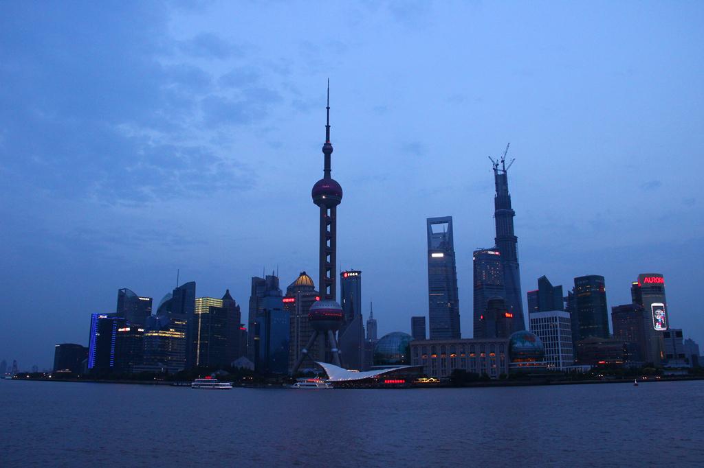 上海东方明珠旅游攻略