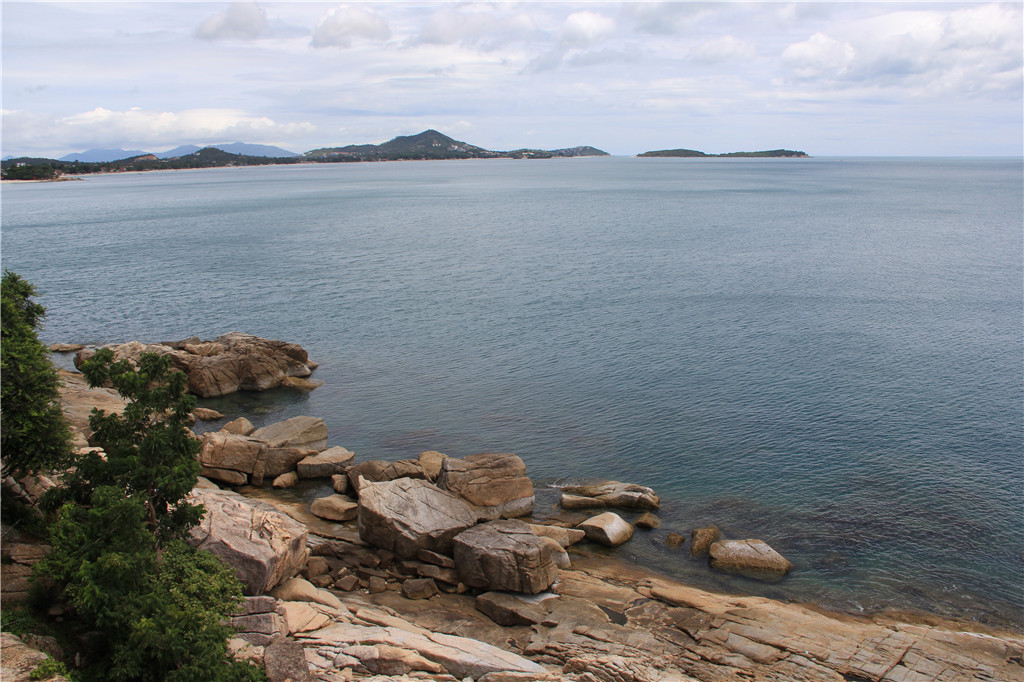 苏梅岛全海景观景台 边对照地图,边用苹果的地图确认自己的位置
