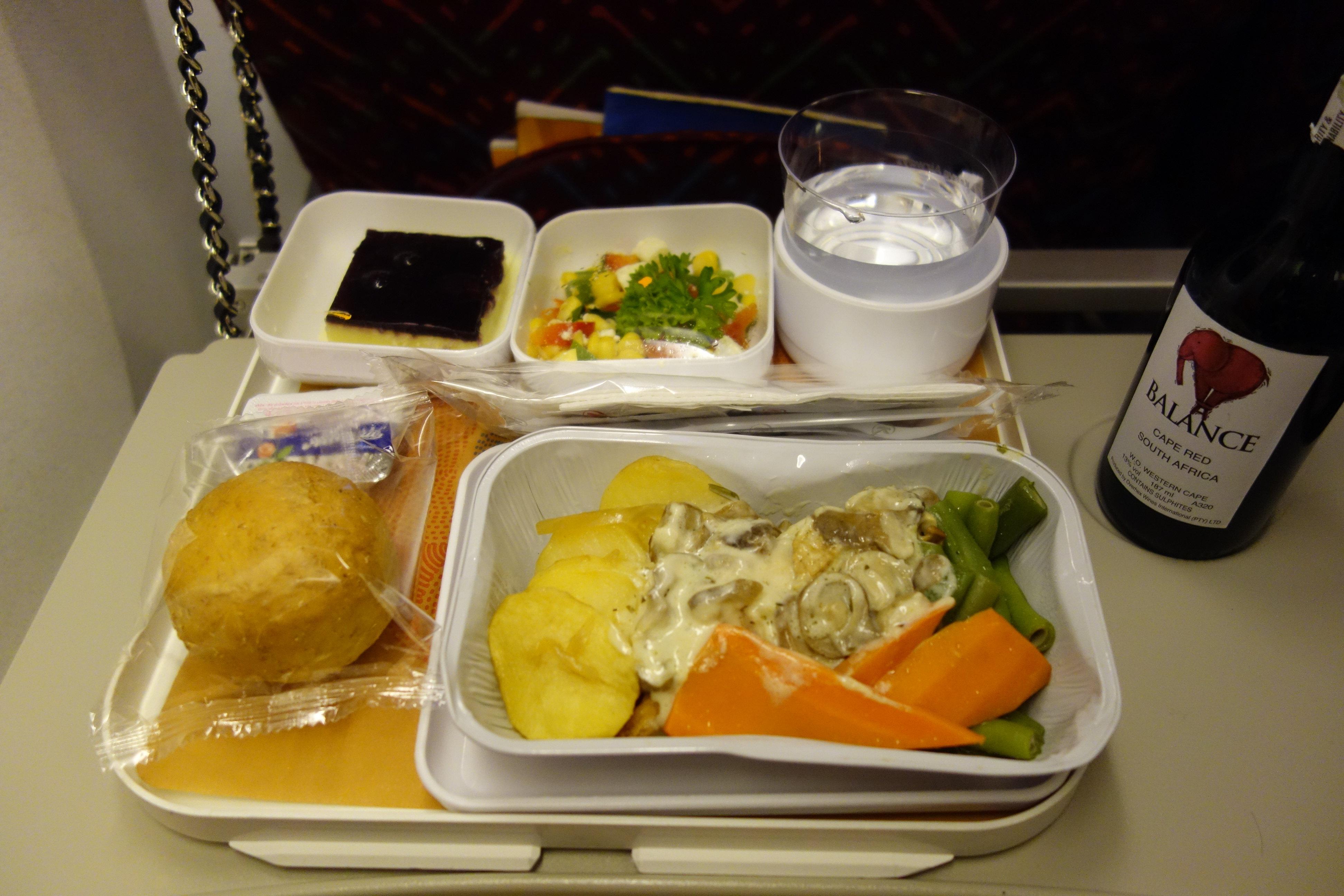 来来来 讨论一下各个航空公司的飞机餐吧