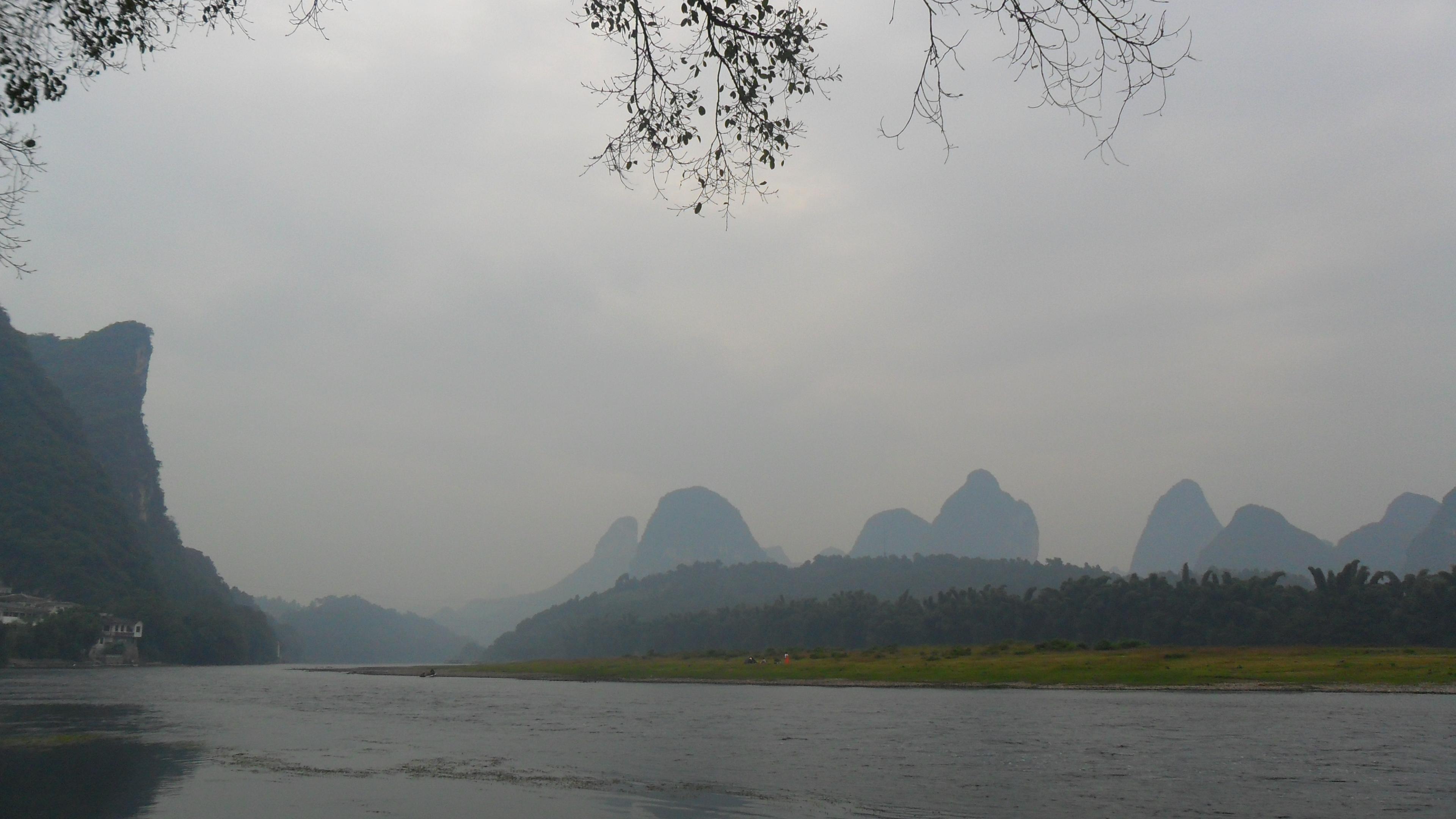 月亮下的桂林风景图片