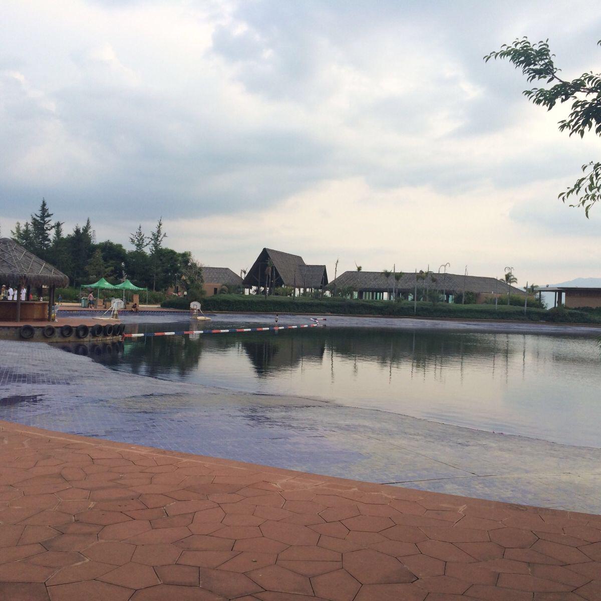 月亮湖湿地公园