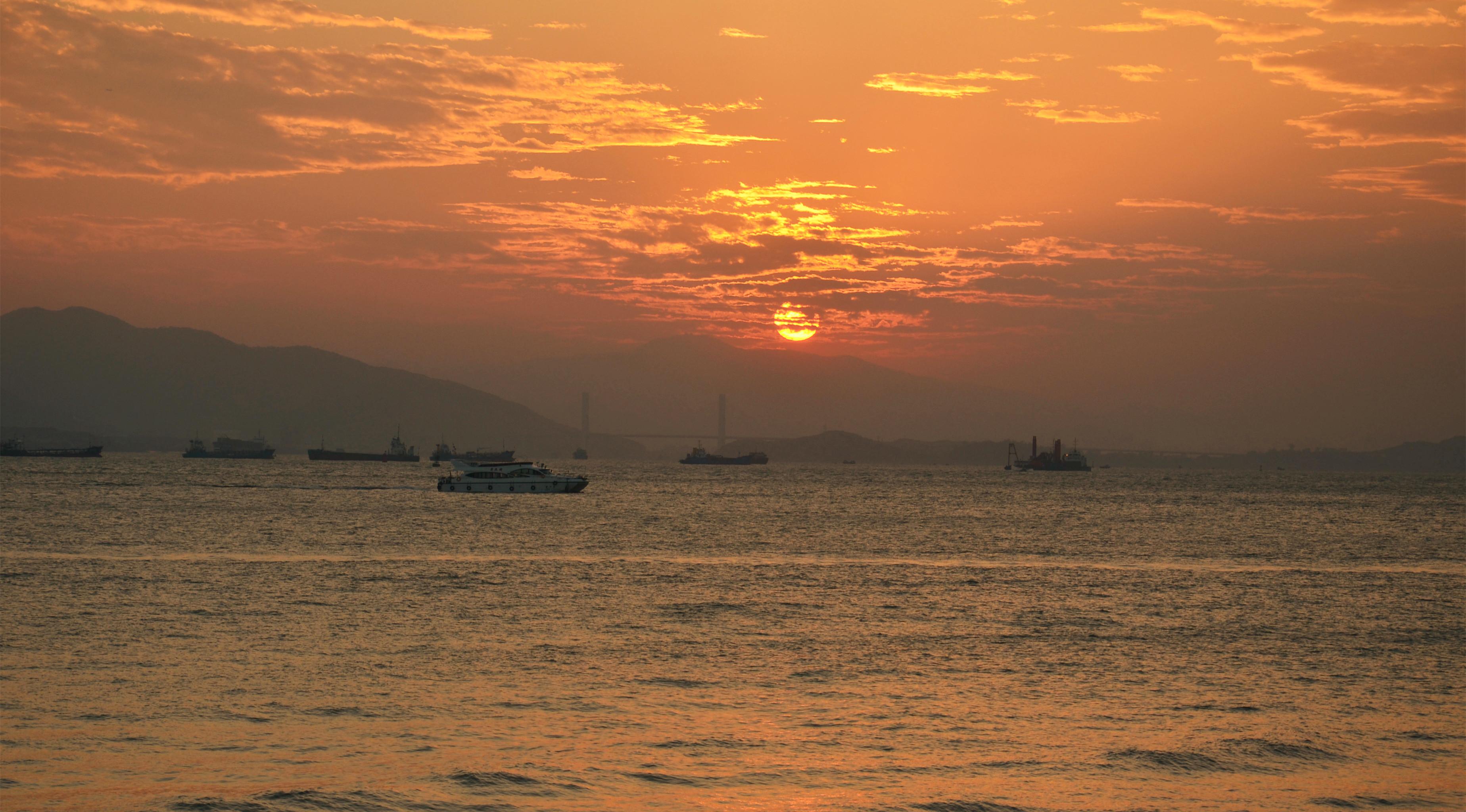 海边晚上背景素材