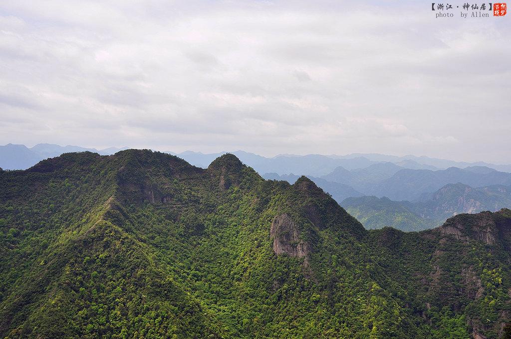 """令帝王侧目的风景却依旧""""枝繁叶茂"""",西罨寺于是有了新的雅号,神仙居."""