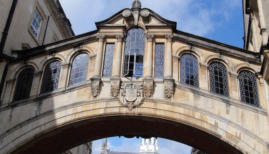 欧式窗台桥