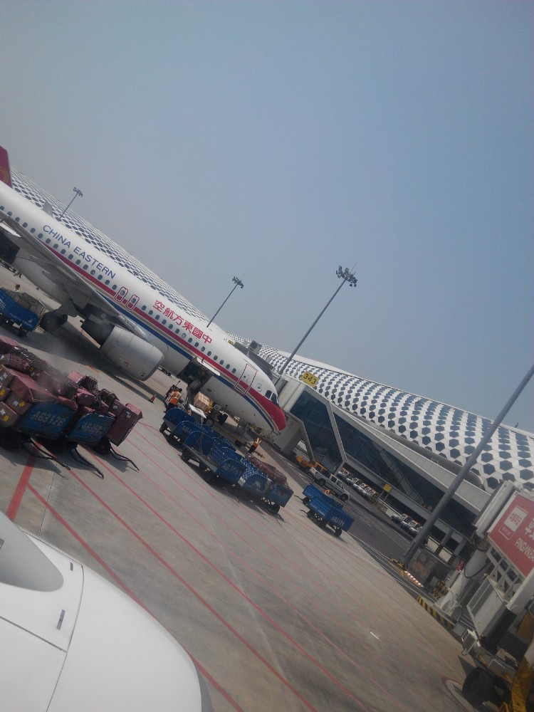 深圳早上6的飞机