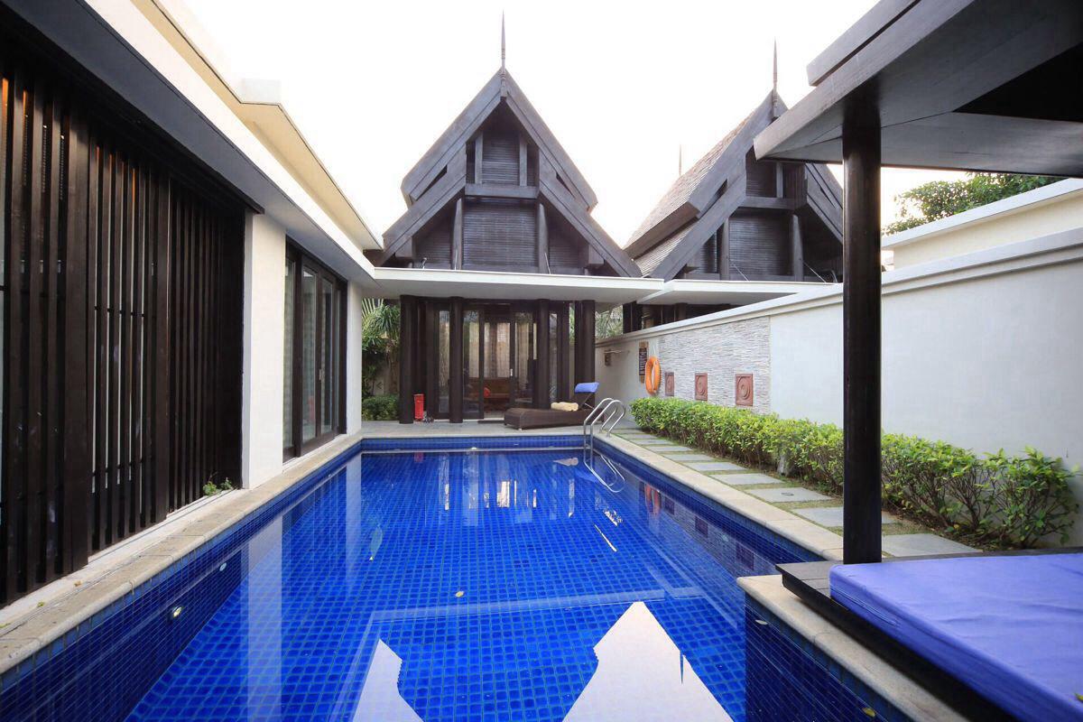 此别墅为一房一厅,床2米,全部有纳米,花园,游泳池独栋魔幻城凉亭房型图片