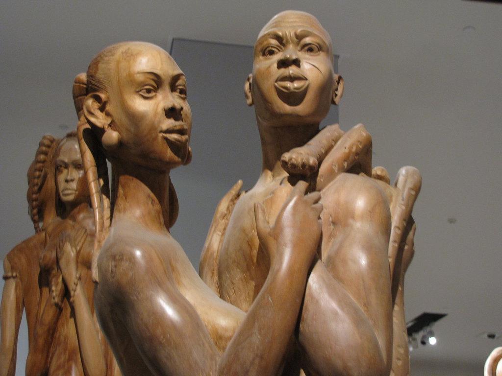 在国家博物馆看非洲木雕展