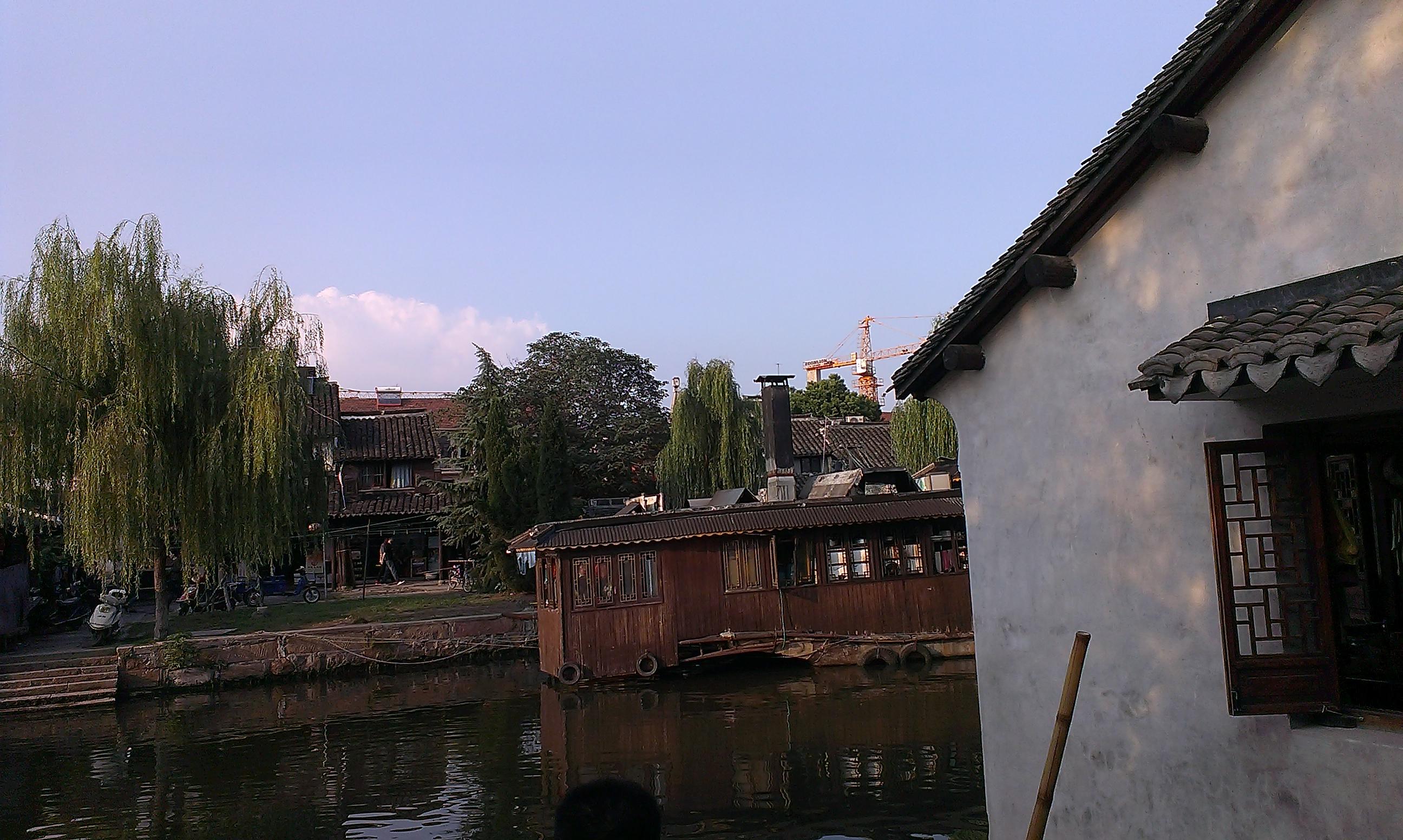 烟雨长廊 金秋十月逛江南高清图片