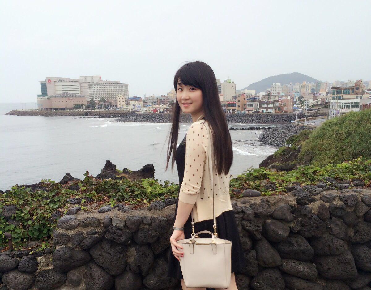 资源海村上丽奈_济州岛闺蜜行,看海吹风一起幸福.