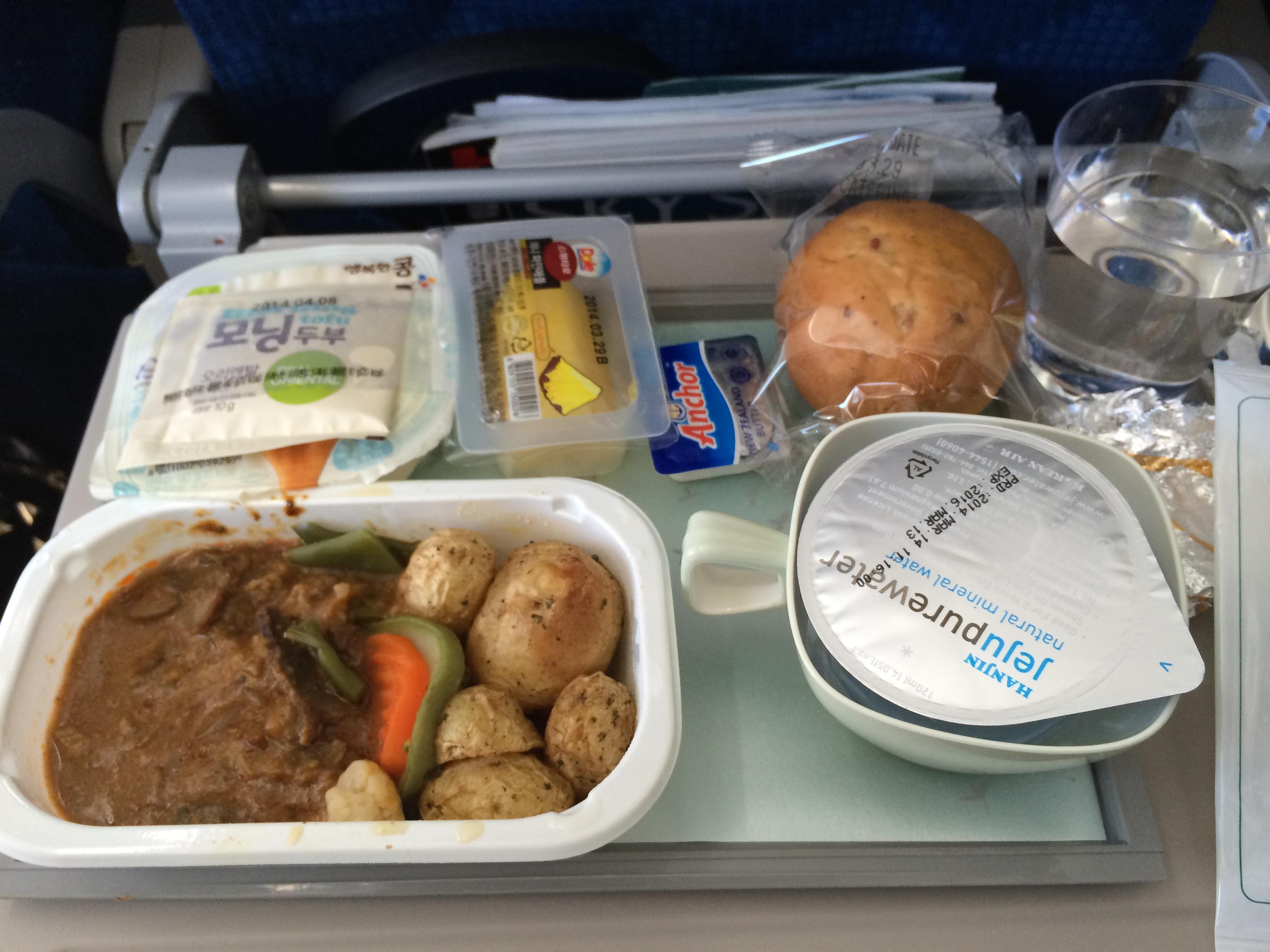 很有韩国风味的飞机餐