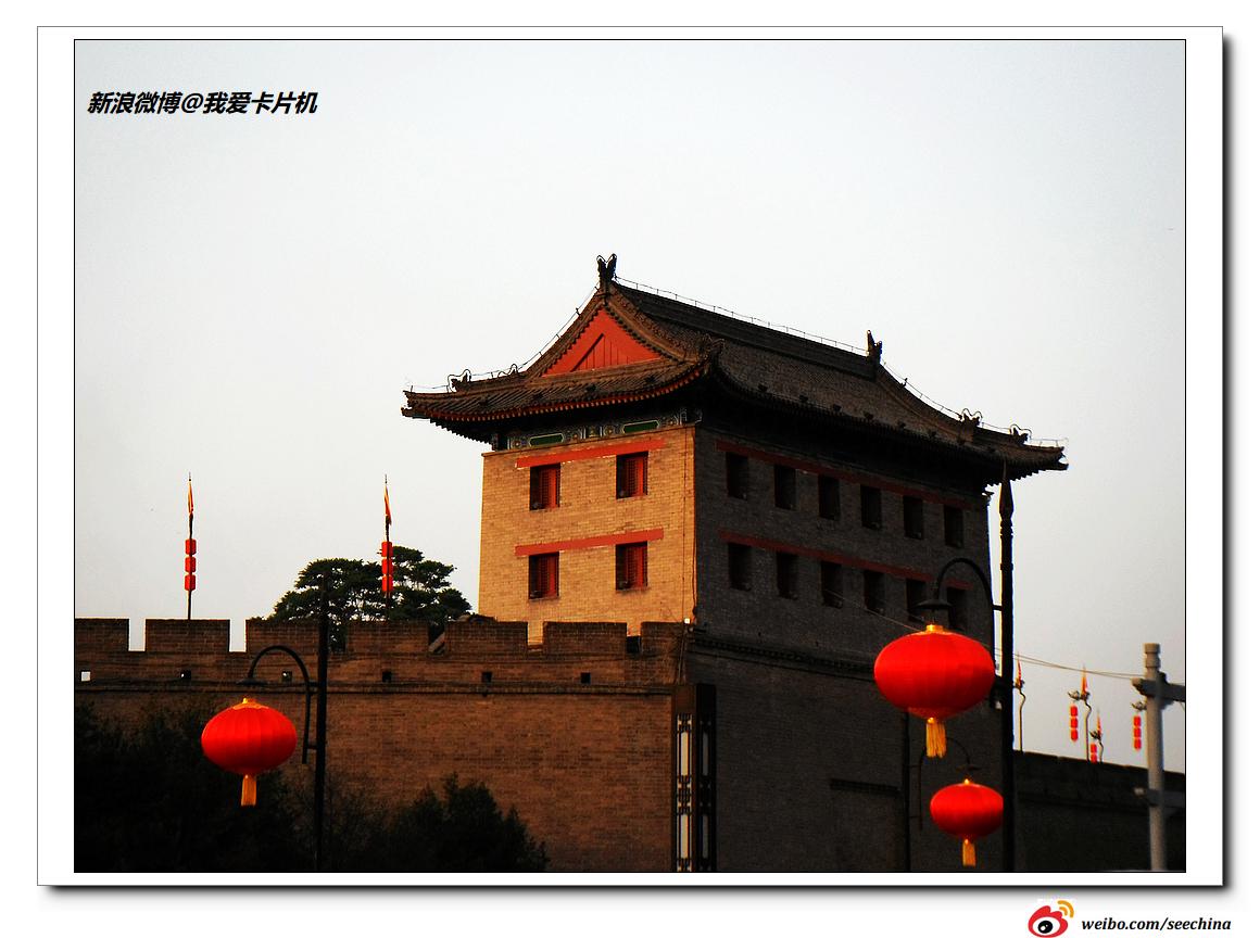 黑白色彩                                               西安城墙
