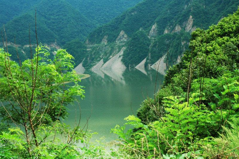 优美山河风景简笔画