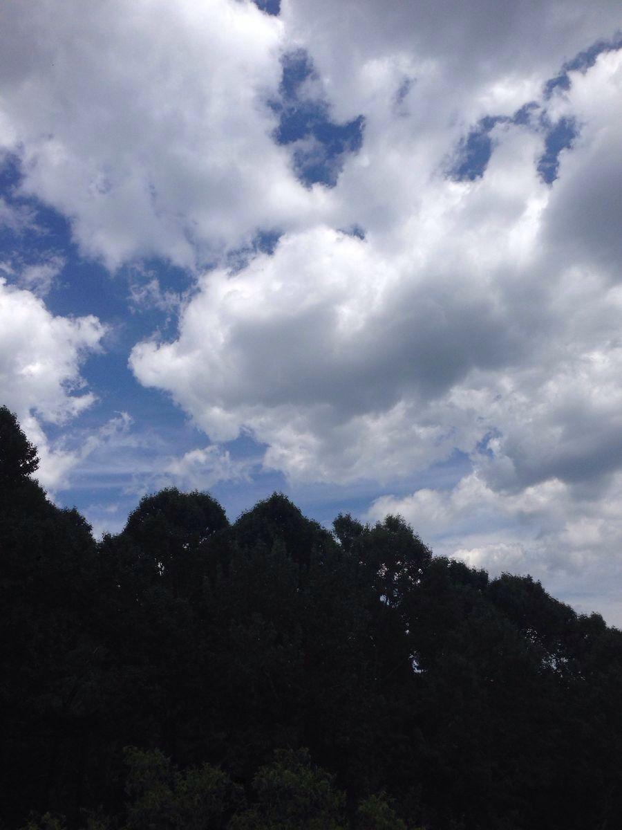 背景 壁纸 风景 天空 桌面 900_1200 竖版 竖屏 手机