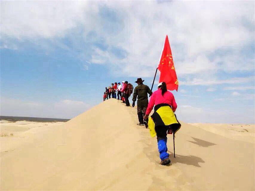 一见如故的朋友那里玩个畅快,沙漠,我们要走了,真的是恋恋不舍,时常图片