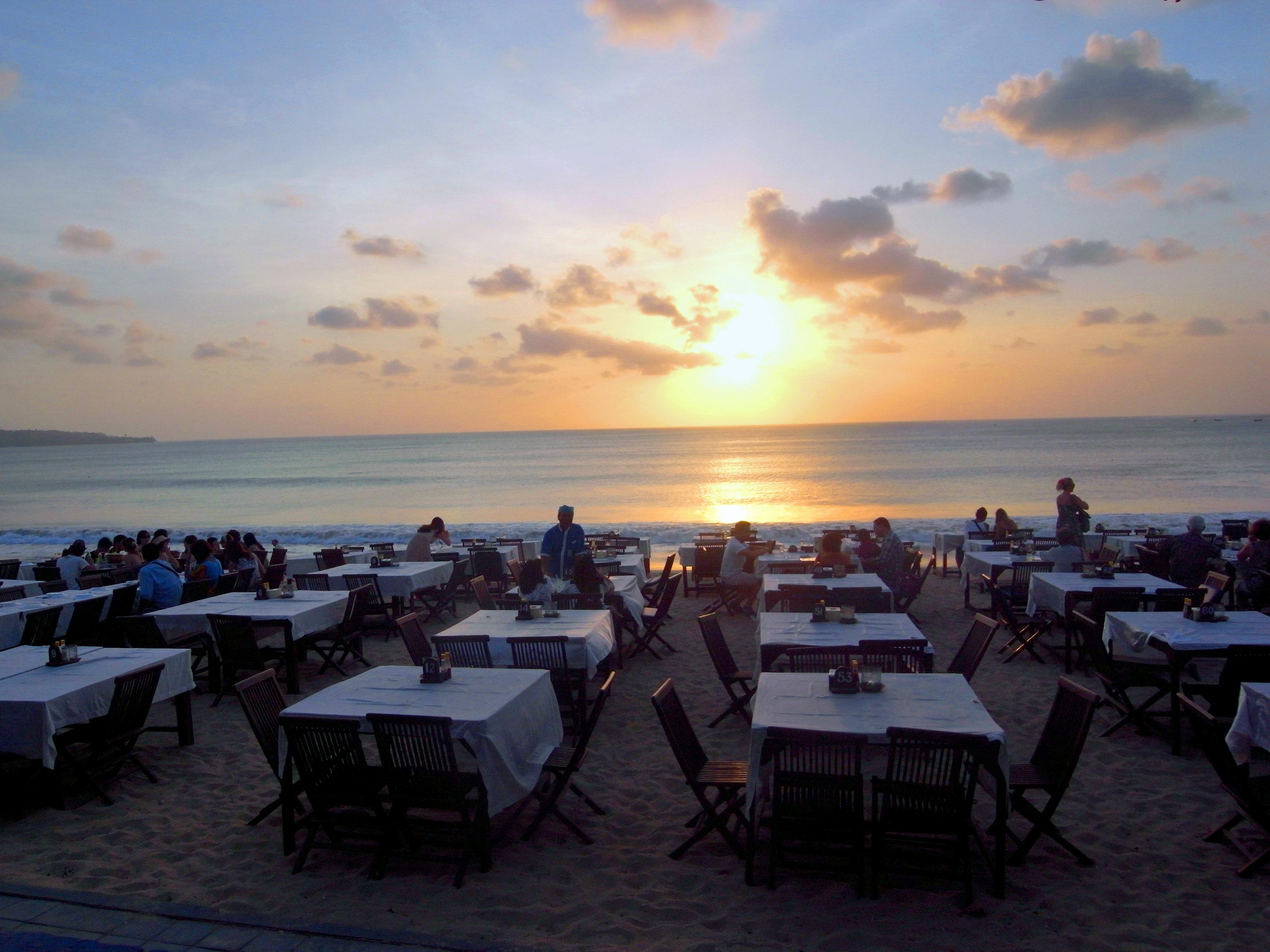 巴厘岛酒店金巴兰海滩【相关词_ 巴厘岛金巴兰海滩】