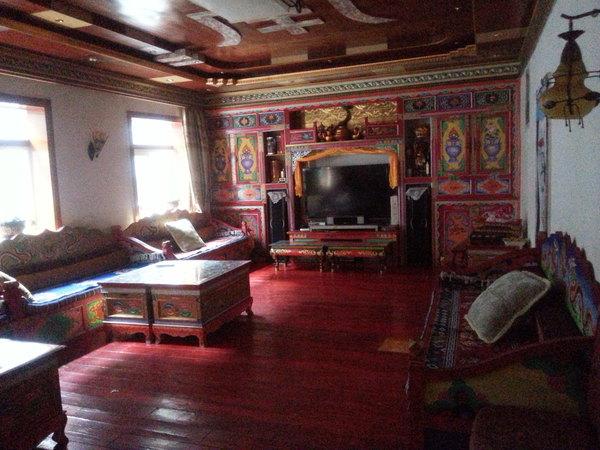 四川藏式客厅设计图