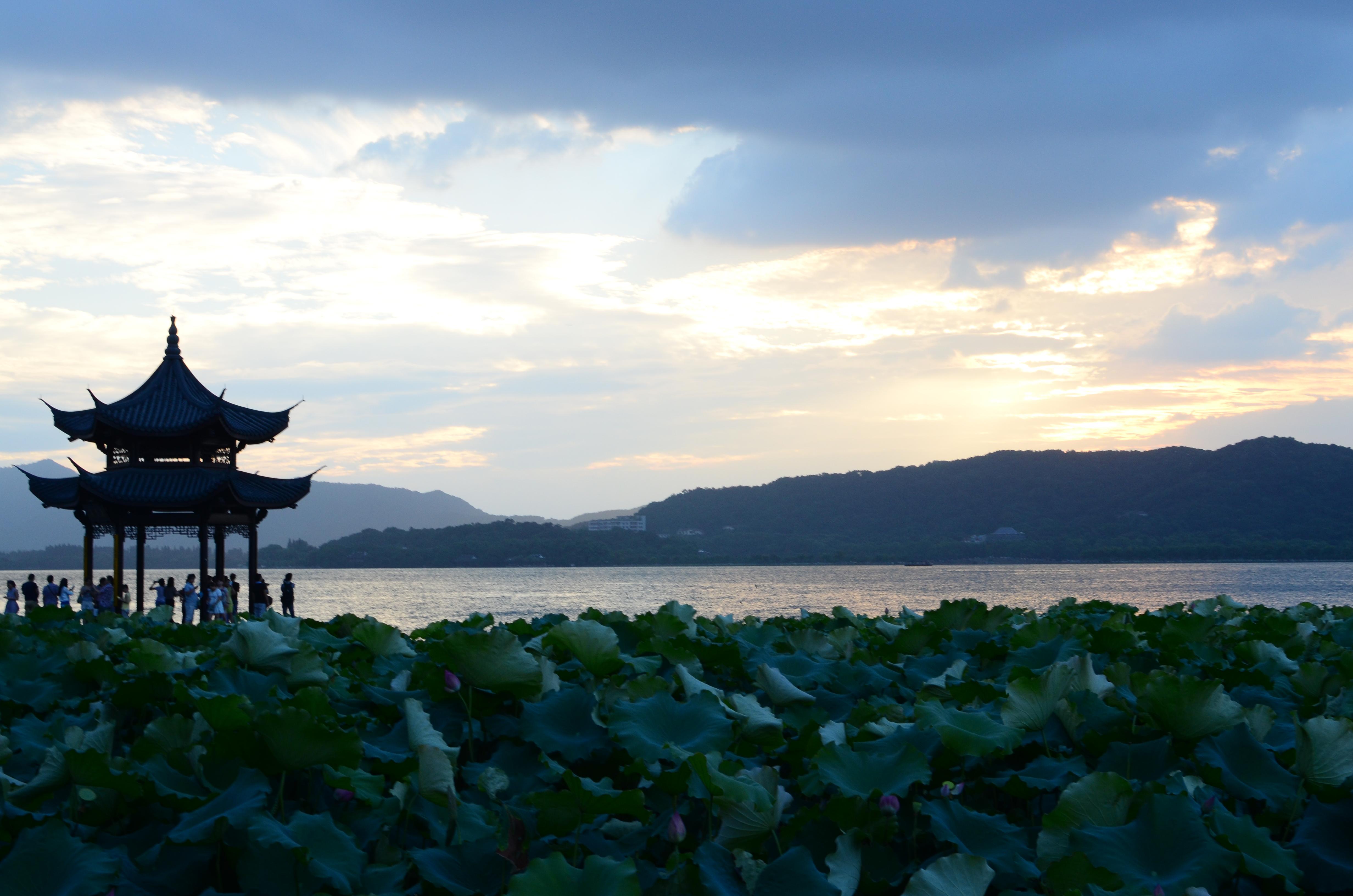 西湖一家三口自由行|杭州游记-携程旅行