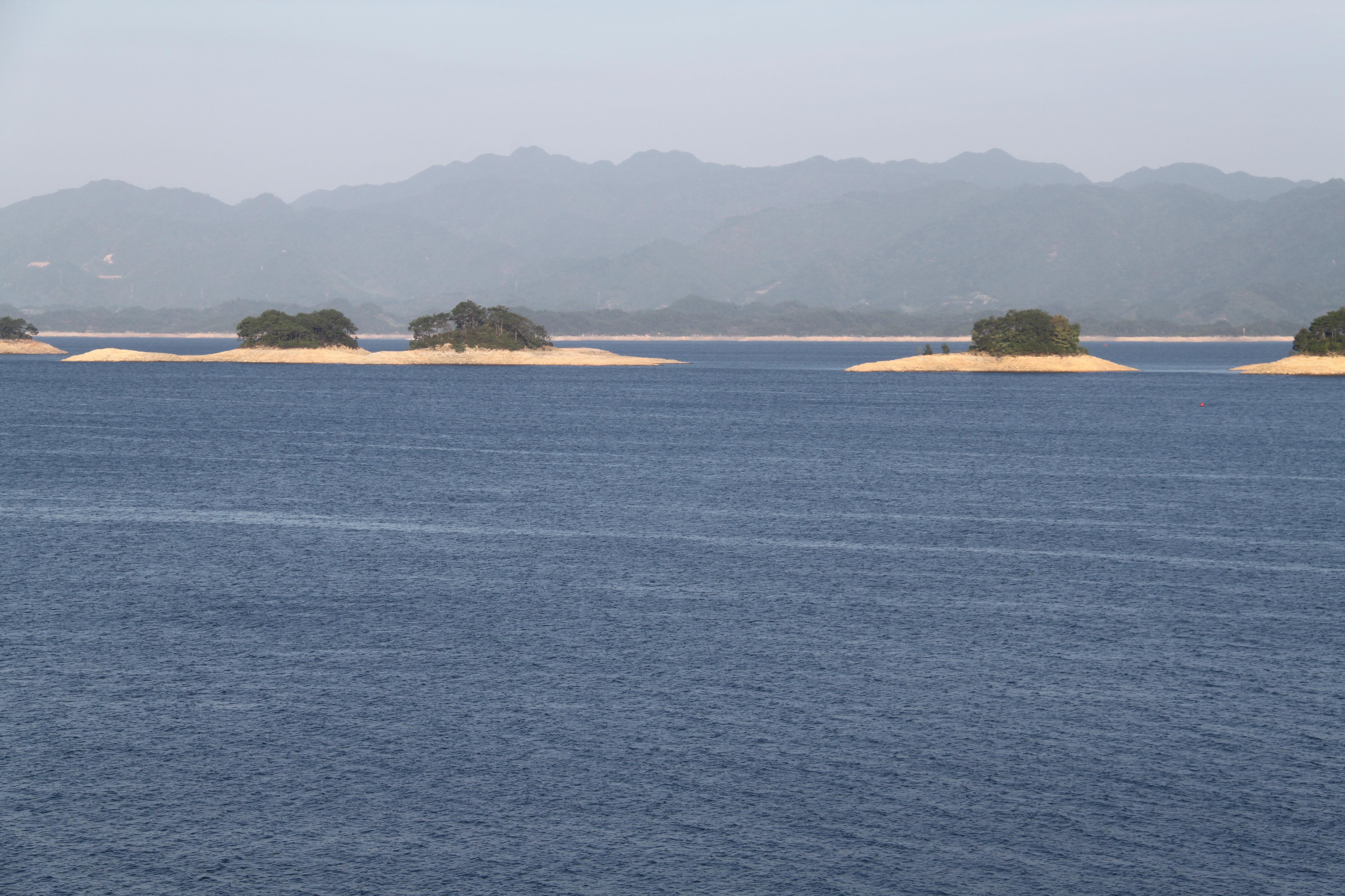 行走江湖(富春江,千岛湖,诸葛八卦村游记)